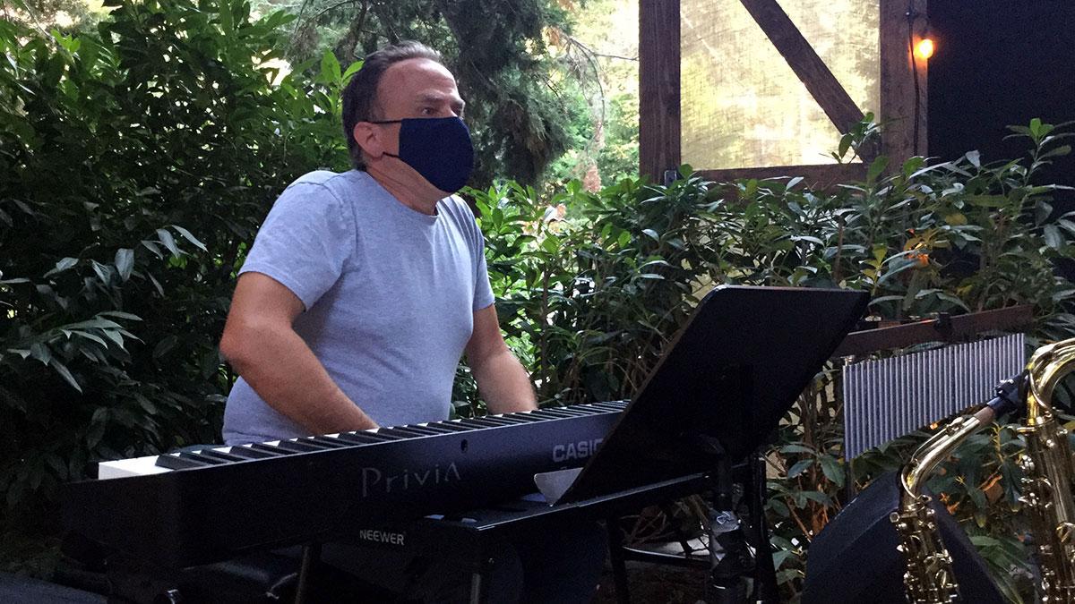 Grammy-winning keyboardist George Whitty